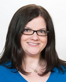 Amy Bergholtz headshot